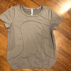 Lululemon Swiftly Tech Relaxed Fit Size 10